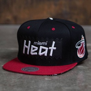 BAIT x NBA x Mitchell And Ness Miami Heat STA3 Wool Snapback Cap (black / red)