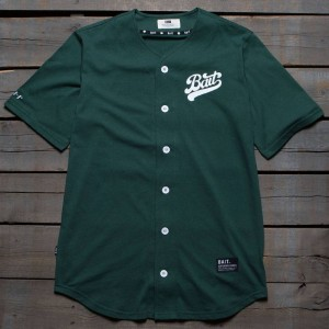 BAIT Men Script Logo Baseball Jersey Shirt (green)
