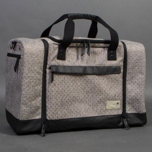 Hex Sneaker Duffel Bag (gray / dot)