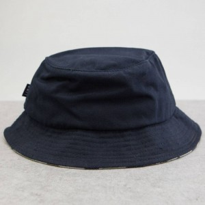 BAIT Script Bucket Hat (navy)