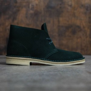 Clarks Men Desert Boot (green / suede)