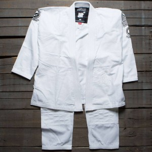 Undefeated x SYR Men Gi (white)