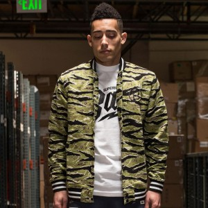 BAIT Basics Baseball Jacket (camo / tiger camo / black)